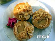 DIY moon cake – nice experience on Full Moon Festival