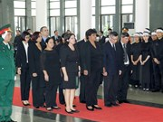 Foreign officials, diplomats pay tribute to former CPV chief