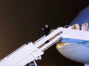 US President arrives in Hanoi