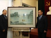 Vietnam helps Laos restore artworks