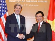 Top diplomats talk Vietnam-US relations over phone