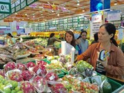 Supermarkets, malls battle for sales