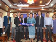 Laos shares difficulties with Vietnamese people
