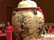 Giant jars snapped up with high bid of 275,000 USD