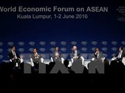 Vietnam attends 25th World Economic Forum on ASEAN