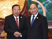 Vietnam gives top priority to relationship with Laos: PM