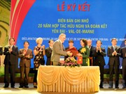 Vietnamese, French localities boost cooperation