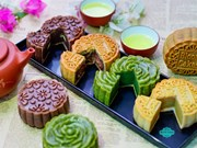 Early-season traditional mooncake sales slower