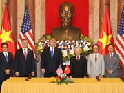 Top Vietnamese leader holds talks with US President