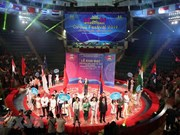 Int'l Circus Festival opens in Hanoi