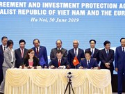 PM witnesses signing of Vietnam-EU FTA, IPA