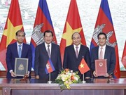 Vietnam, Cambodia ink cooperation deals