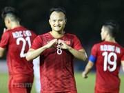 Tien Linh scores hattrick to help Vietnam trounce Laos 6-1