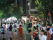 Pedestrian streets around Hoan Kiem lake reopen
