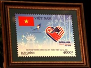Vietnam launches stamp set to welcome summit