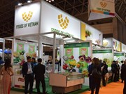 Vietnam attends int'l food, beverage exhibition in Japan