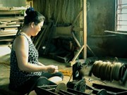 Long Dinh village preserves traditional mat weaving