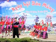 Mong festival in Lai Chau attracts thousands of visitors