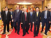 Party and State leader attends opening ceremony of ASEAN Summit