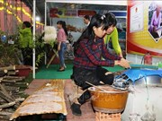 Tay Ninh hosts first traditional rice crepe festival
