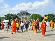 Vesak participants visit Bai Dinh Pagoda