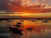 Tam Giang lagoon at dawn