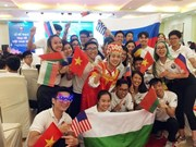 Vietnam Summer Camp ends in warm atmosphere
