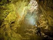 Thien Huong grotto in Ninh Binh province