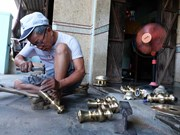 Khanh Hoa: Hundred-year-old copper casting village busy with Tet