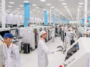 Discovering Made-in-Vietnam 5G-enabled smartphone factory