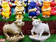 Ceramic buffalo figurines