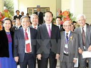 President attends historical sciences association's 50th anniversary