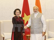 Indian PM supports businesses to invest in Vietnam
