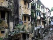 Hanoi to rebuild old apartments