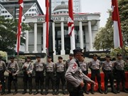 Indonesia arrests three over suicide bomb plot