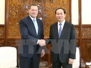 President greets outgoing Czech ambassador
