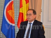 Vietnamese ambassador receives insignia of France's Choisy le Roi
