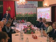 Vietnam, Czech Republic review educational cooperation