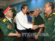 Deputy PM meets former revolutionary prisoners