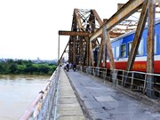 Railways lag behind in Vietnam