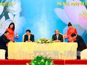 Vietnam affirms ties with Laos at inter-gov't committee meeting