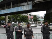 Thailand: Police surround Dhammakaya sect's temple