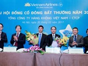 Vietnam Airlines holds extraordinary shareholder meeting