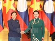 Vietnamese top legislator holds talks with Lao counterpart