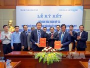 Hai Phong, Vietnam Airlines ink tourism promotion deal
