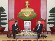 Party chief hosts Governor of Vientiane