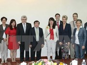Vietnam, Switzerland discuss education cooperation