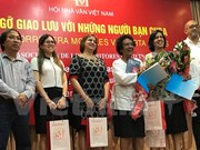 Vietnamese, Cuban writers share experience