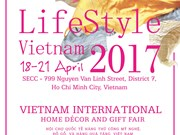 Int'l handicraft expo attracts crowd of exhibitors