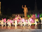HCM City emblazoned with city street show
